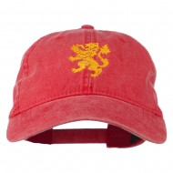 Heraldic Lion Embroidered Washed Cotton Twill Cap - Red