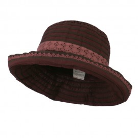 Woman's Stripe Design Crushable Hat with Lace Accent